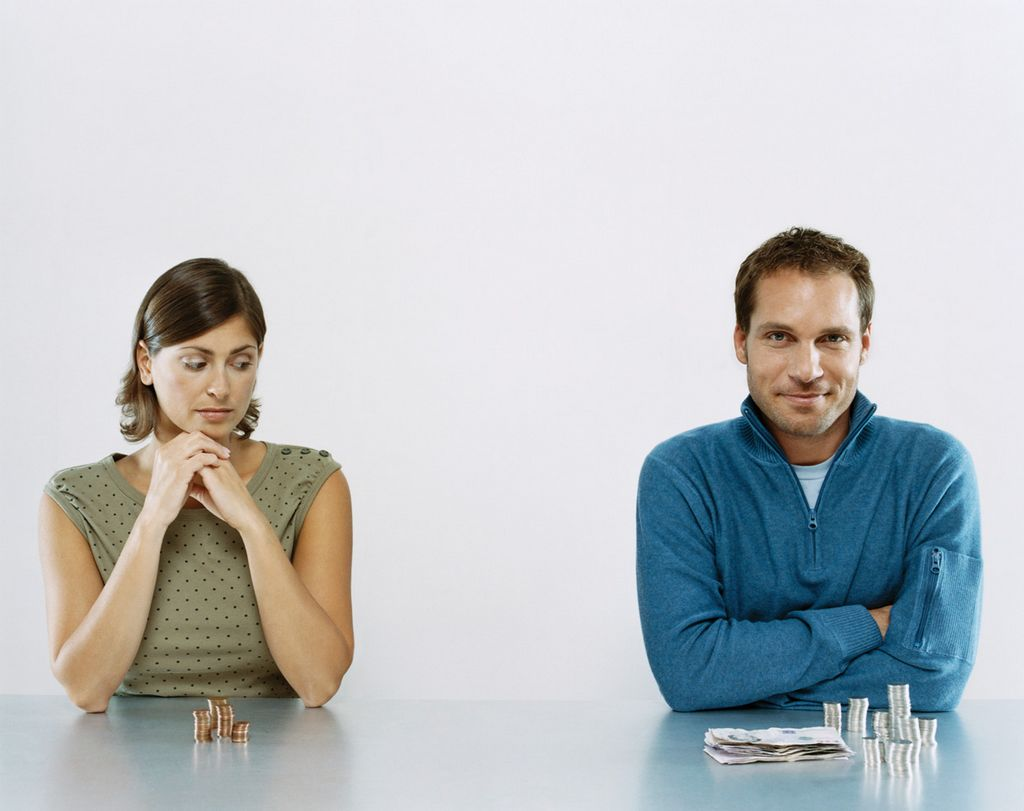 непременно Супруга на алименты принимает одновременно