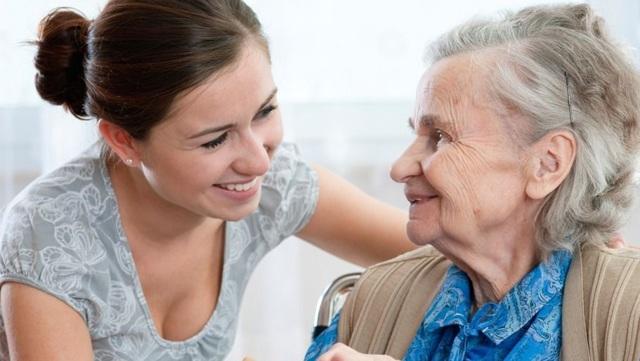 Опекунство над пожилым человеком: процедура оформления патронажа