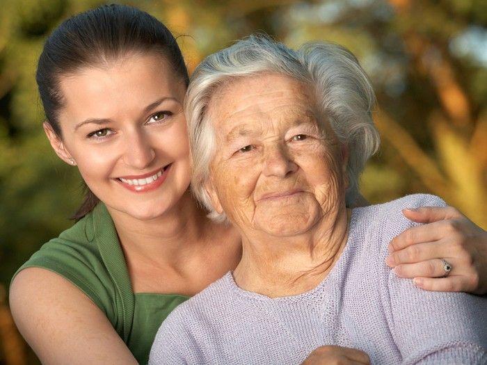 Опека над пожилым человеком старше 80: законодательные аспекты и нюансы процедуры