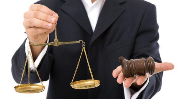 Имеют ли право судебные приставы арестовывать детское пособие