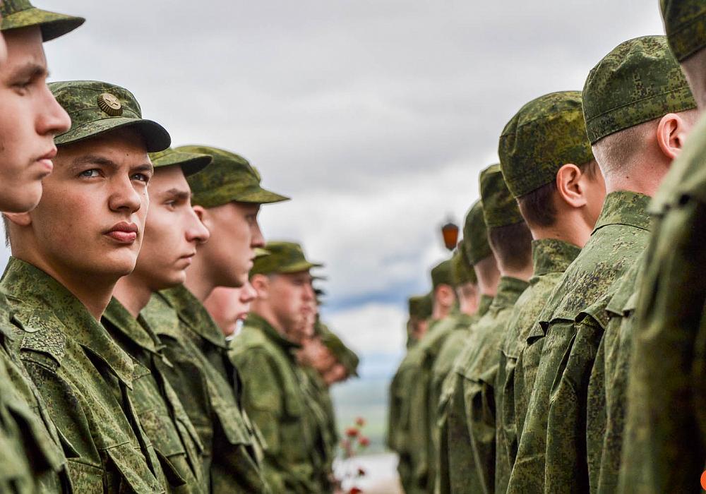 Входит ли служба в армии в трудовой стаж или нет: условия и особенности