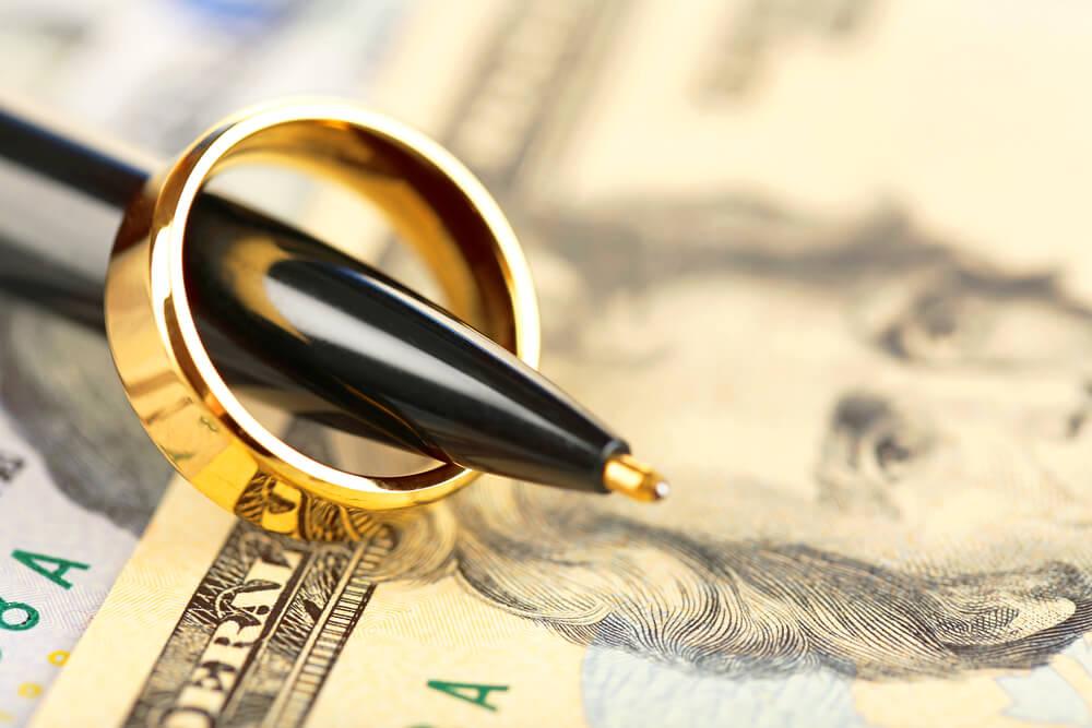 Основные различия между брачным договором и соглашением о разделе совместно нажитого имущества