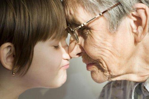 Алименты с родителей мужа: как производится расчет выплат с бабушек и дедушек?