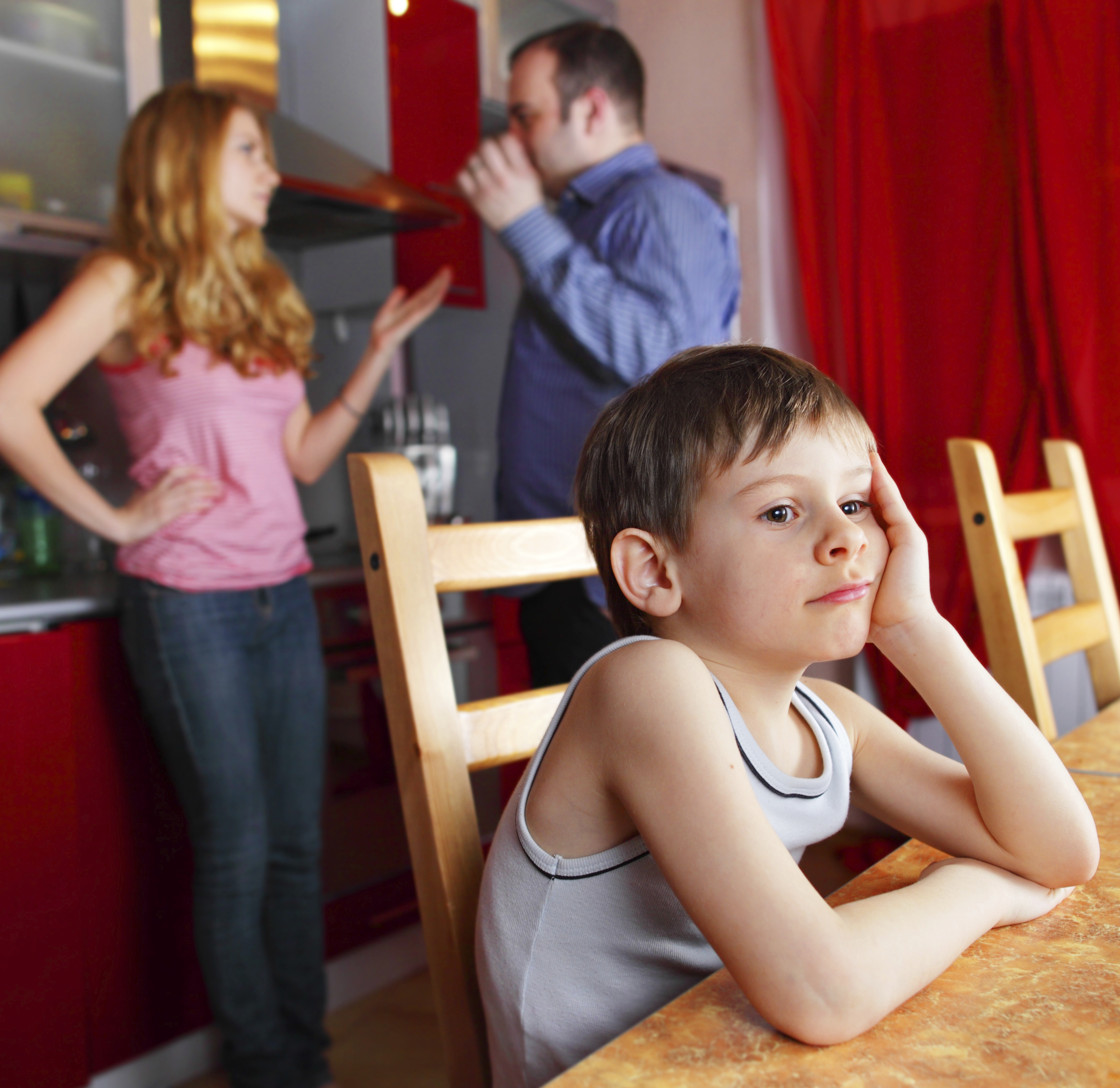 Как подать на алименты, если родитель проживает в другом городе?
