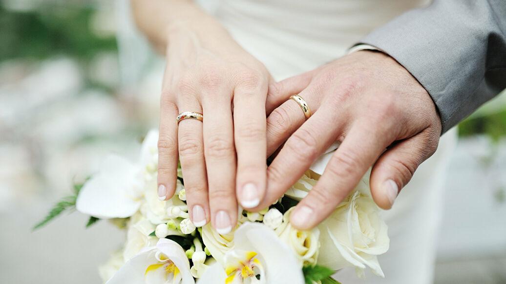 Брачный возраст в рф в 2018 году: основания для снижения брачного возраста, наступление брачного возраста с 16 и 18 лет, статья 13 ск рф, брачный возраст в странах мира | семейный консультант