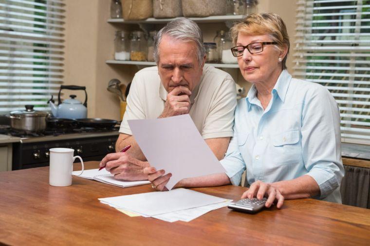 Обязательная доля в наследстве при завещании - пенсионеру, судебная практика, пример, отказ