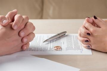 Действует ли брачный договор в случае смерти одного из супругов?