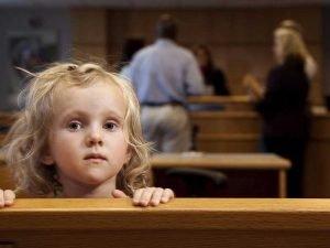 Вступление в наследство несовершеннолетних детей: принятие наследства по закону и по завещанию