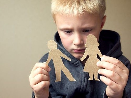 Ребенок, оставшийся без родителей