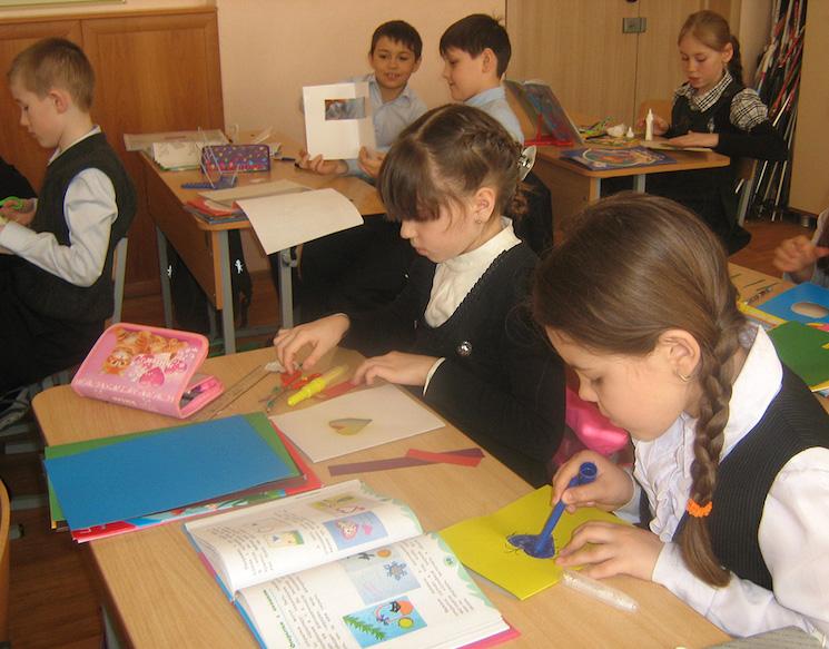 Особенности оформления временной прописки ребёнка для школы