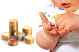 Если отец не платит алименты и приставы не могут их взыскать – что делать?