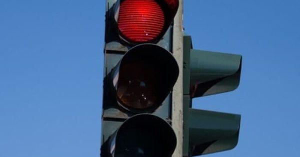 Какой штраф за проезд на красный свет светофора в 2020 году?