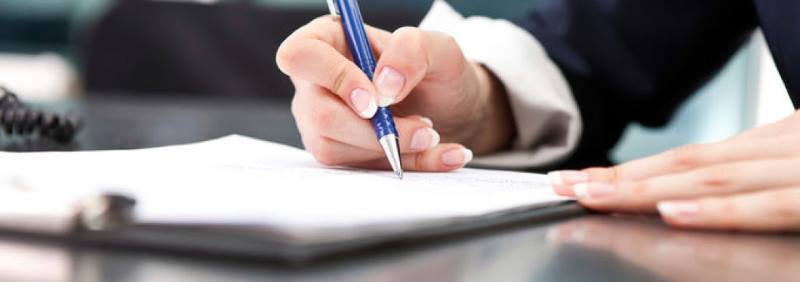 Как выписать из квартиры умершего человека: куда обращаться, какие документы нужны для снятия с учета в приватизированном жилье родственника или собственника?