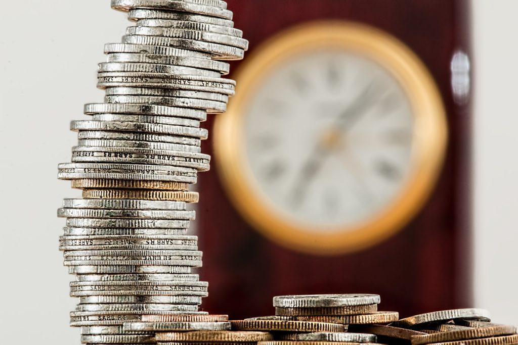 В каких случаях возможно приостановление выплаты алиментов?