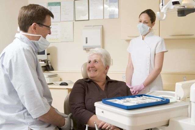 Льготное протезирование зубов в 2020 году