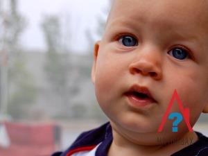 Имеет ли право отец выписать несовершеннолетнего ребенка из своей квартиры