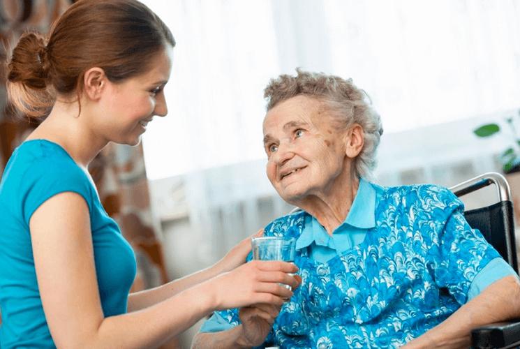 Опекунство над пожилым человеком 80 лет: права и обязанности