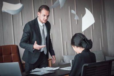Принуждение к увольнению: как действовать сотруднику