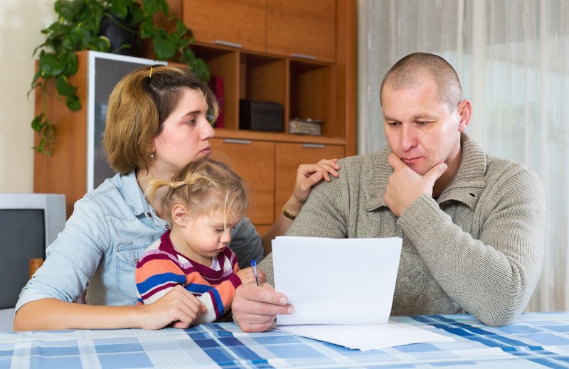 Алименты на ребенка с отпускных выплат: удерживаются или нет