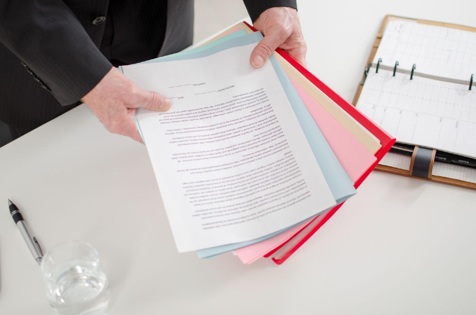 Как и куда жаловаться на нотариуса – порядок подачи жалобы на нотариуса в нотариальную палату, минюст, суд
