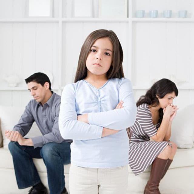 Смена фамилии ребенку, как проходит процедура
