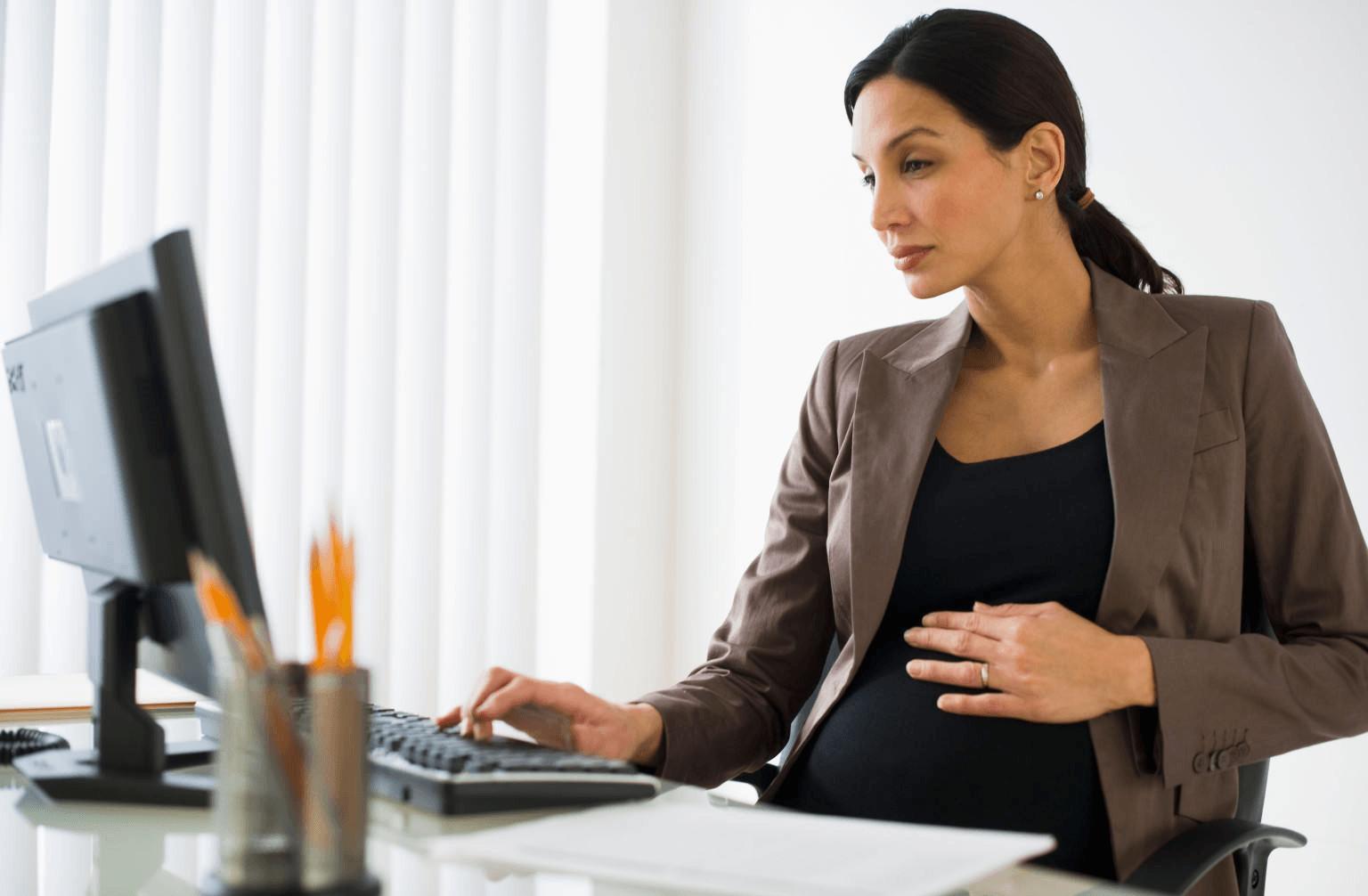 Сокращение беременных: могут ли сократить должность женщины на работе при беременности, когда увольнение допустимо?