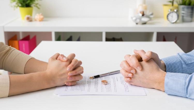 Сколько стоит брачный договор у нотариуса в 2020 году?