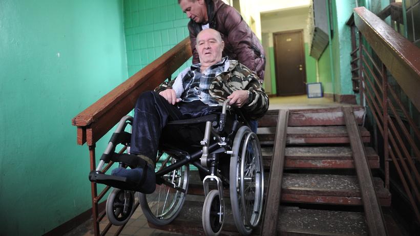 Может ли работающий пенсионер получить бесплатную путевку в санаторий. uristtop.ru