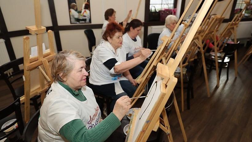 Санаторий для пенсионеров - какие бесплатные и льготные путевки предлагают органы социальной защиты