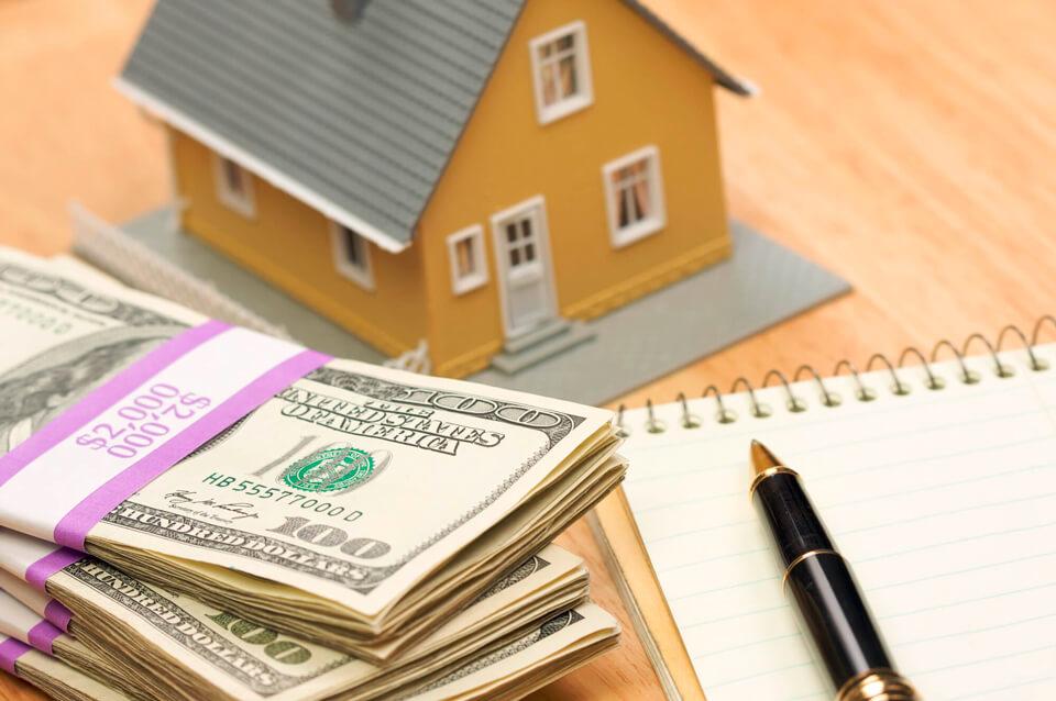 Если заемщик умер, кто будет выплачивать за него кредит?