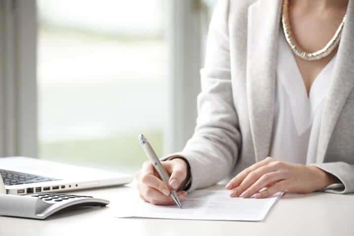 Какие документы потребуются для подтверждения родства с умершим родственником.