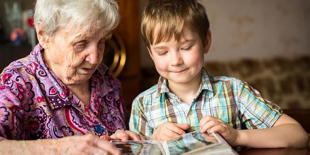 Когда оформляется временная опека бабушкой над ребенком?