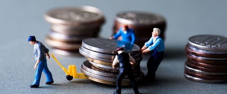 Государство или работодатель выплачивают декретные?