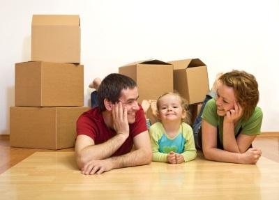 Можно ли выписать несовершеннолетнего ребенка из квартиры: что и как нужно сделать, чтобы прописать детей по другому адресу?