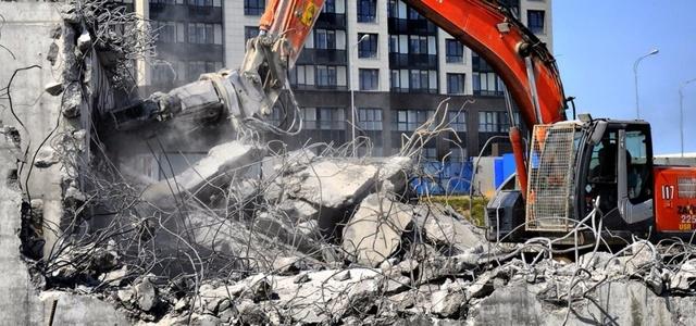 Строить и сносить жилые дома теперь будут по-новому
