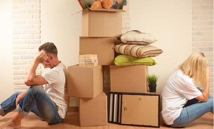 Как делится приватизированная квартира между бывшими супругами при разводе: подлежат ли разделу их доли?