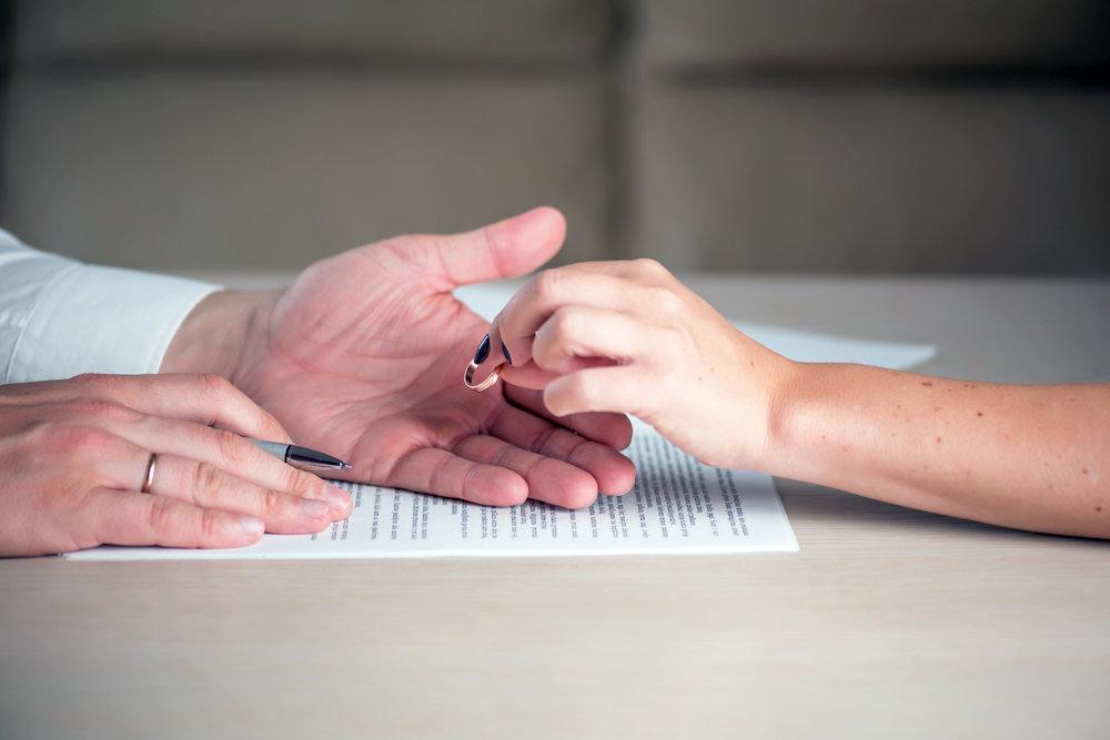 Можно ли оспорить брачный договор - какие основания и как