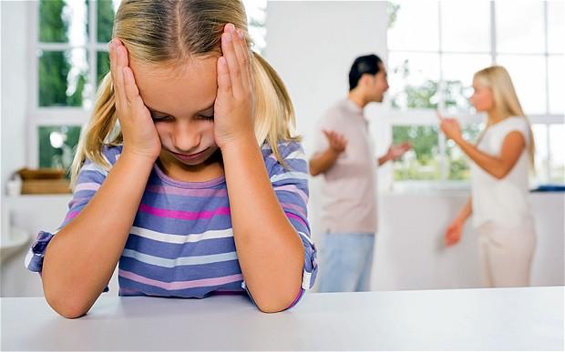 Со скольки лет ребенок имеет право голоса в суде при разводе родителей