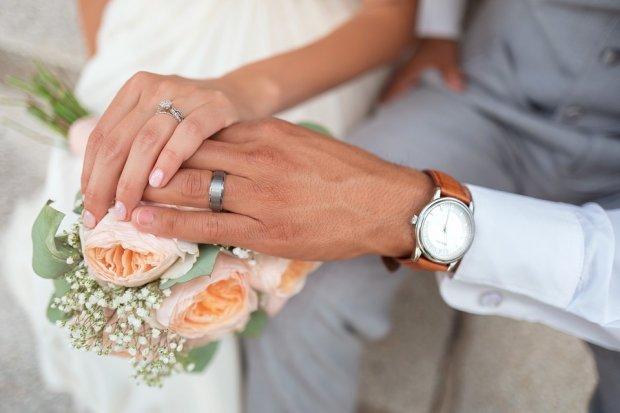 Со скольки лет можно заключать брак в россии – регистрация брака с несовершеннолетней