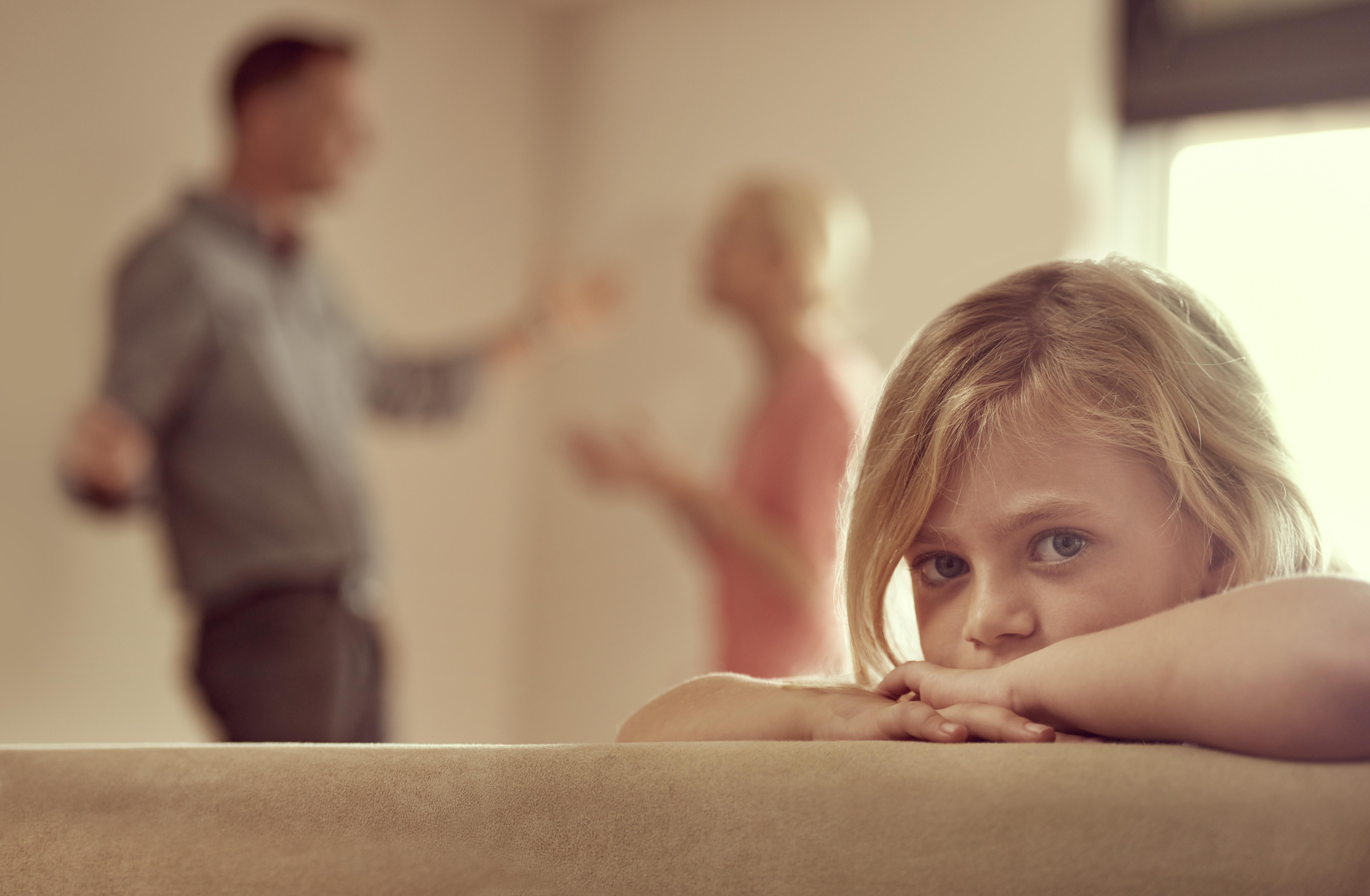 Как забрать ребенка у жены при разводе?