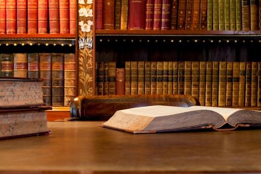 Стоимость брачного договора у нотариуса и сколько будет цена, если оформить в юридической конторе, можно ли составить контракт самим, а заключить официально?