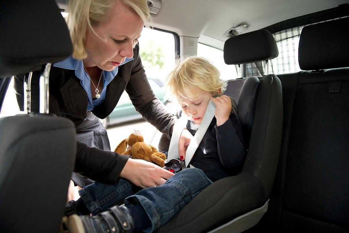 Перевозка детей без кресла штраф 2020
