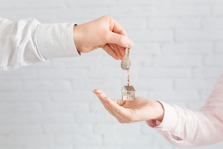 Как продать квартиру в долевой собственности в 2020 году