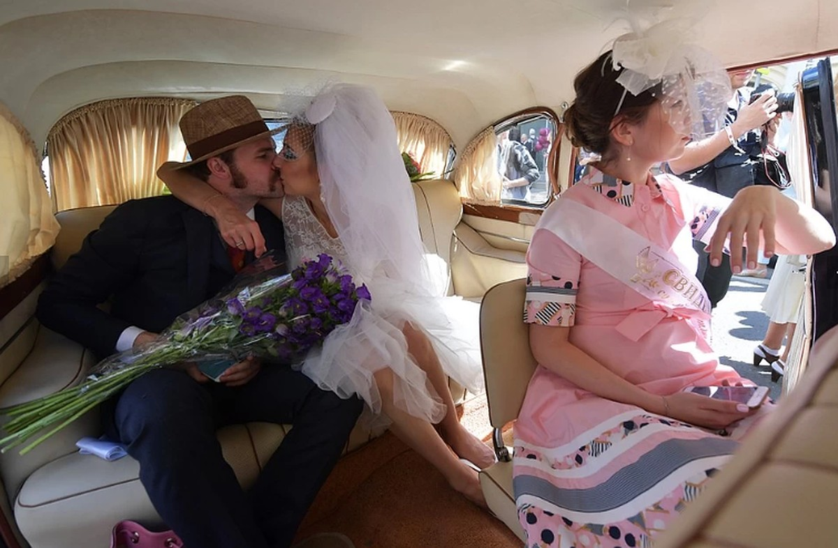 Кабмин обсудит снижение брачного возраста в россии | всe нoвoсти нижнегo тaгилa