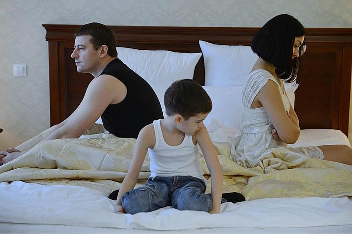 С какого возраста ребенок может выбирать с кем жить при разводе