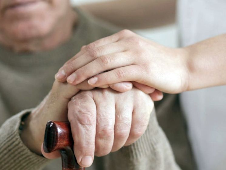 Юридические нюансы выплаты накопительной части пенсии умершего: какая сумма положена?