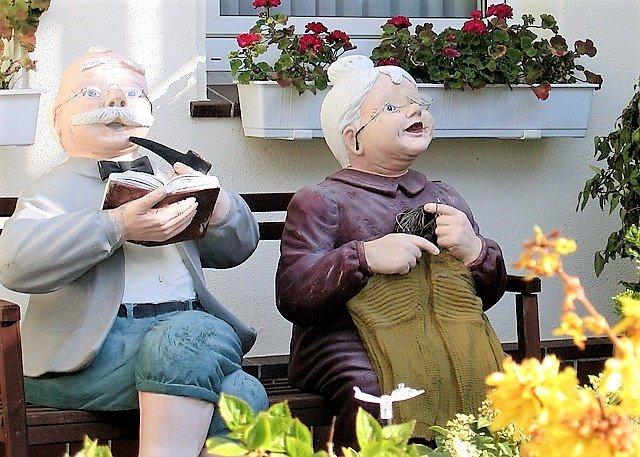 Как оформить пенсию по возрасту без прописки в россии