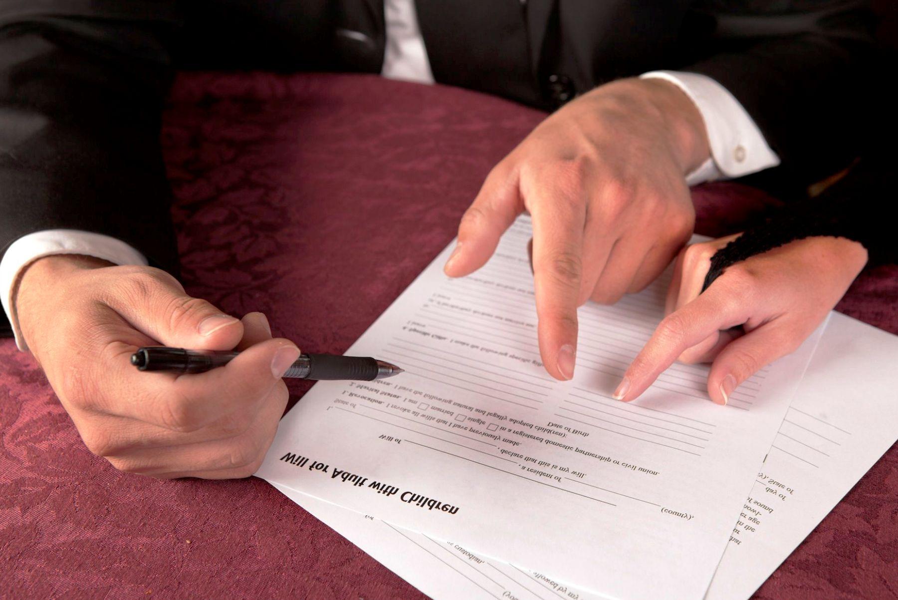 Завещать, продать или подарить недвижимость — что лучше