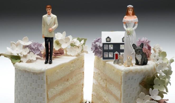 Раздел имущества без развода (в браке)