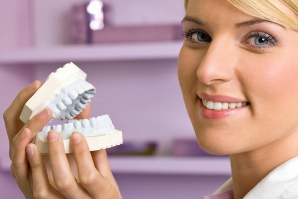 Оплата протезирования зубов неработающим пенсионерам